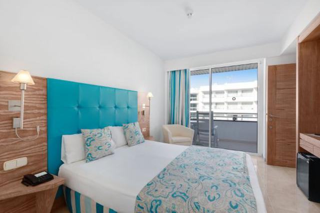 Junior suite  alua gran camp de mar mallorca